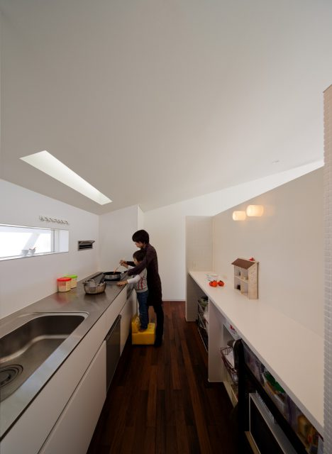 『中間の住宅』設計実績建築写真・竣工写真・インテリア写真4