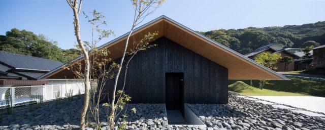 『大屋根の棲家』設計実績建築写真・竣工写真・インテリア写真1